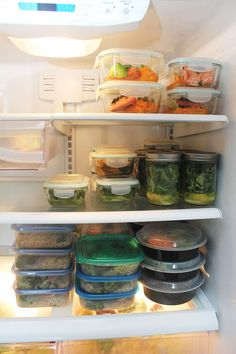 Nail meal prepping as a beginner to start eating healthier saving time to do the things you love to do the most. Free up your time starting today!