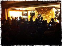 Taller Pentax & Bowens con Diego Espada y Foto K. Inicio del taller con el cartel de completo! Concert, Atelier, Poster, Portraits, Photos, Recital, Concerts