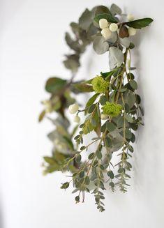 Simple Green Wreath.