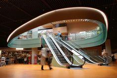 http://www.e-architect.co.uk/images/jpgs/switzerland/shopping_center_schoenbuehl_hka060409_1.jpg