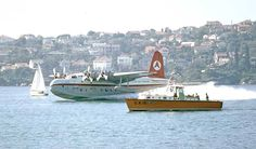 Ansett Short Sandringham VH-BRF in action on Sydney Harbour in May 1973 was taken by Don Stephens Flying Ship, Flying Boat, Flying Wing, Airline Travel, Air Travel, Australian Airlines, Amphibious Aircraft, Float Plane, Airplane Flying