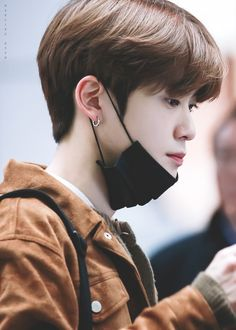 Jaehyun Nct, Korean Men Hairstyle, Valentines For Boys, Jung Yoon, Jung Jaehyun, Winwin, Taeyong, Boyfriend Material, Nct Dream