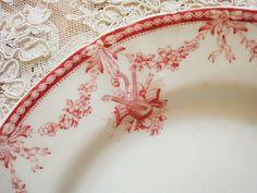pretty vintage plate design