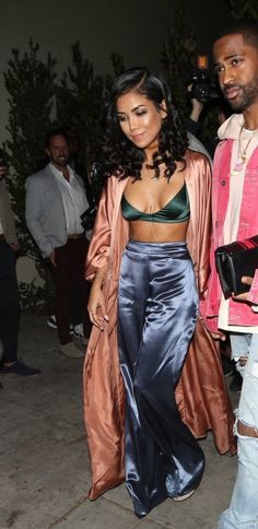 All Silk Everything on Jhene Aiko at Kendall Jenner's Birthday Party - All Silk Everything on Jhene Aiko at Kendall Jenner's Birthday Party All Silk Everything on Jhene Aiko at Kendall Jenner's Birthday Party Source by - Jhene Aiko, Hailey Baldwin, Girl Outfits, Cute Outfits, Fashion Outfits, Fashion News, Women's Fashion, Kendall Jenner, 21st Birthday Outfits
