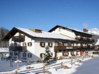 #SKIREISEN #SILVESTER #BERCHTESGADEN #BILLIG buchen #Hotel Binderhäusl in Berchtesgaden www.winterreisen.de