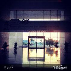 This beautiful picture of #CMUQ taken by njurdi is our Qatar Foundation Instagram photo of the day!  هذه الصورة الجميلة لجامعة كارنيجي ميلون في قطر هي صورتنا لهذا اليوم على إنستقرام وهي من تصوير  njurdi