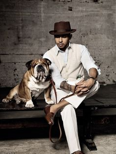 Lewis Hamilton and Roscoe in Man of the World magazine Formula One Champions, Lewis Hamilton Formula 1, Bulldogs Ingles, F1 2017, Its A Mans World, Dog Pictures, Sports Pictures, First World, Champs