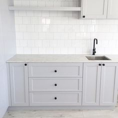 Shes finished. and I love her Floors Bunnings Bunnings Laundry, Bunnings Bathroom, Kaboodle Kitchen Bunnings, Laundry Doors, Laundry In Bathroom, Hamptons Kitchen, Hamptons House, Laundry Room Design, Kitchen Design