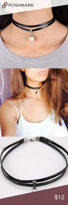 ✨Trendy Black Choker W/ Charm Faux Leather Choker with charm. Not hot topic* Hot Topic Jewelry Necklaces