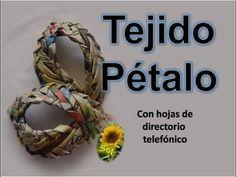 Tejido pétalo cestería con papel periódico - Petal basket weaving fabric...