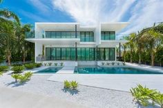 Brand new modern home on the wide bay-front in Miami Beach offering dreamy sunset and water view from most rooms. Built to perfection with a sharp design and a vision for a waterfront masterpiece this home will exceed your expectations. Link in bio. Search Web ID: IYLT ( @ewmrealty) . . . . . . #luxelisting #luxuryrealestate #dreamhome #dreamhomes #home #homes #house #houses #homedecor #interiordesign #interiors #broker #realestateagent #designinspo #realestate #forsale #luxury #properties…