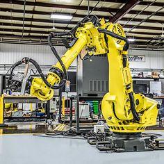 Industrial Robotic Arm, Industrial Robots, Robotic Automation, Robot Arm, Batcave, Automata, Batmobile, Robotics, Diorama