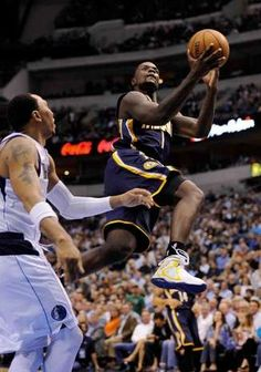 Lance Stephenson to be or not to be Basketball Photos, Pro Basketball, Indiana Pacers Players, Lance Stephenson, Shooting Guard, Nba Playoffs, Sports Games, Display, Lights
