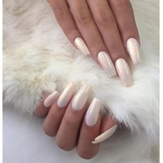 White coffin nails with iridescent shimmer sparkle - Sparkle Nails White Coffin Nails, White Nails, White Chrome Nails, White Acrylic Nails With Glitter, White Sparkle Nails, Sparkle Acrylic Nails, Gorgeous Nails, Pretty Nails, Pearl Nails