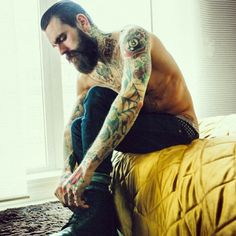Dear men everywhere, do not shave your face. Ever. Oh and get tattooed.