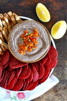 Roasted Red Pepper and Garlic Black Bean Hummus Recipe