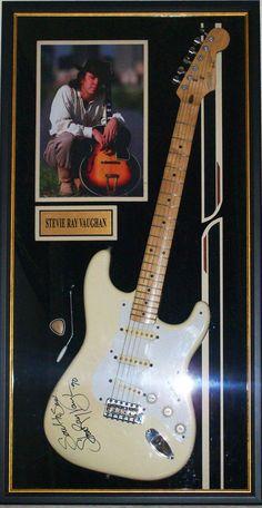 Stevie's Signed Guitar ♥