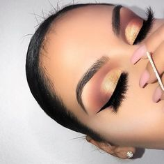 New makeup prom sparkle Ideas Makeup Blog, Makeup Inspo, Makeup Inspiration, Makeup Ideas, Contour Makeup, Makeup Dupes, Pretty Makeup, Makeup Looks, Huda Beauty