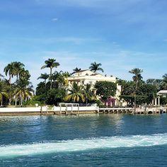 I did it my way -#franksinatra  #touristhadz in #magiccity #miami #sunshinestate #florida #ustravels #wanderlust #novembernomad #thadztravels Magic City, Sunshine State, Miami, Wanderlust, Florida, Outdoor Decor, Instagram, The Florida