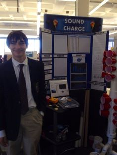 The oral presentation is composed of 9 parts : Introduction Background Purpose & Hypothesis Engineering Procedure Overview. Winning Science Fair Projects, Scientific Method, Presentation