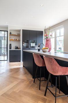 Kitchen Time, Kitchen Reno, Kitchen Living, New Kitchen, Kitchen Interior, Home Interior Design, Küchen Design, House Design, Home Kitchens