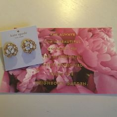 Kate Spade White Enamel Diamond Flower Earring ✨Kate Spade Gold/White Diamond Flower Earrings✨ Comes with Dust Bag and Box kate spade Jewelry Earrings