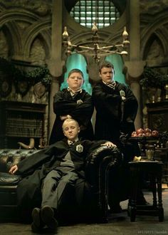 ImageFind images and videos about harry potter, draco malfoy and slytherin on We Heart It - the app to get lost in what you love. Draco Harry Potter, Mundo Harry Potter, Harry Potter Pictures, Harry Potter Movies, Harry Potter World, Goyle Harry Potter, Tom Felton, Emma Watson, Draco Malfoy Aesthetic
