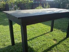 Pallet table (from Black Rooster Cottage)