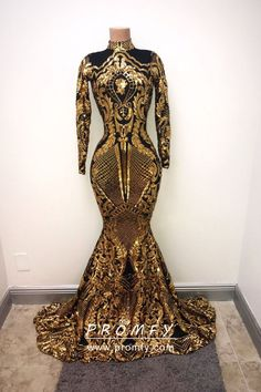 Sparkly bright gold sequin and black lining prom dress with a turtle neck and zipper back. This trumpet floor length long sleeve prom gown is lined with a black thin fabric to minimize the contact of the sequin irritating the skin. Black Girl Prom Dresses, Gold Prom Dresses, Prom Dresses 2018, Prom Outfits, Evening Dresses, Wedding Dresses, Summer Dresses, African Prom Dresses, Trendy Outfits