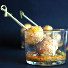 Fish Balls in Nuts Sauce. Fish Balls in Nuts Sauce. Have them as a second course or as an appetizer. Yummy Appetizers, Appetizers For Party, Appetizer Recipes, Snack Recipes, Recipe Steps, Recipe For 4, Spanish Food, Spanish Recipes, Spanish Cuisine