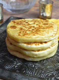 Cheese bread in a pan, Khachapuri - stuffed pancake Baby Food Recipes, Bread Recipes, Cake Recipes, Queso Frito, Oatmeal Cookie Recipes, Lactation Recipes, Lactation Cookies, Cheese Bread, Fried Cheese