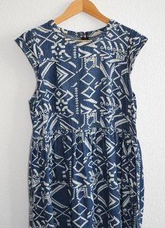 Kup mój przedmiot na #vintedpl http://www.vinted.pl/damska-odziez/krotkie-sukienki/10409718-dzinsowa-sukienka-w-azteckie-wzory