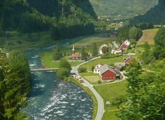 This is the part of Flåm that most of the tourists don't go to unless they're riding their bikes through on the Rallarvegen. A very cute little town as seen through the window of the Flåmsbana.