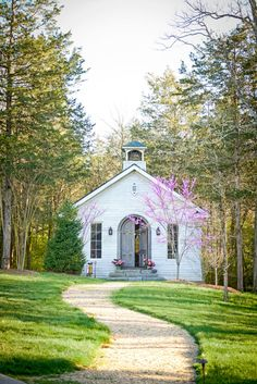 After attempting to buy an old Zion church in rural Tennessee, and then another one she found on eBay, Sheryl Crow built this one from the ground up. She decorated it with her collections of religious statues and figurines, glass cloches, vintage suitcases, and oil portraits.