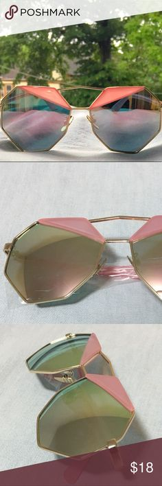 Polygon Fashion Sunglasses -Brand New  -Lens :Mirrored  -Color: Pink/ Rose Gold/ Iridescent  -Frame Material : Alloy -UV Protection  *Buy with confidence!  *No trade!  *Item identical to pictures and description.  *Message if any inquiries.   XoXo @chanywoo💕 Accessories Sunglasses