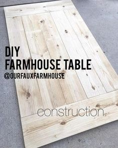 Farmhouse table plans & ideas find and save about dining room tables . See more ideas about Farmhouse kitchen plans, farmhouse table and DIY dining table Diy Table Top, Diy Dining Table, Farm Table Diy, Farm Tables, Diy Table Legs, Farm Table Plans, Rustic Table, Wood Table Tops, Dyi Tables