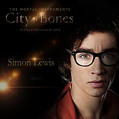 Love Robert Sheehan, can't wait for this movie