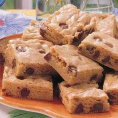 Chocolate Chip Blondies {Taste of Home} ~ I have made these many times. I <3 them! So quick and easy to make and everyone who eats them loves them! (tastes just like a gooey chocolate chip cookie *bliss*)