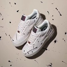 47b072bf782526 Nike Wmns Air Force 1 07 Lux Nike Air Force Ones