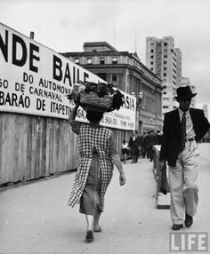 1947  - Final da construção do segundo Viaduto do Chá - Ao fundo o Edificio Mackenzie (atual Shopping Light) e o antigo Edifício Mappin Stores na Praça Ramos- SP
