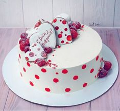 Happy Birthday Cute Cake Wishes Sayings For Love Cupcakes, Cupcake Cakes, Beautiful Cakes, Amazing Cakes, Receita Red Velvet, Fondant Cake Designs, Valentines Day Cakes, Just Cakes, Colorful Cakes