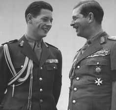 Crown Prince Michael (L), laughing with his father, King Carol II.The man on the left looks just like my deceased uncle Costume Castle, Michael I Of Romania, Adele, Romanian Royal Family, The Shah Of Iran, Royal Photography, Look Magazine, George Vi, Royal Weddings