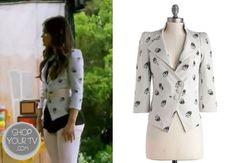 Aria Montgomery (Lucy Hale) wears this three-button cropped blazer with allover skull print in this week's episode of Pretty Little Liars. Cropped Blazer, Printed Blazer, Printed Shirts, Pretty Little Liars Seasons, Lucy Hale, Skull Print, Pll, Season 4, Shirt Shop