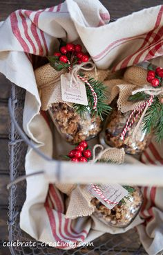 Granola- Christmas Exchange Recipes ~ Add charm with simple, handcrafted tags using craft-colored paper stock, a rubber stamped image and a little baker's twine to tie tag to the jar. Christmas Food Gifts, 25 Days Of Christmas, Christmas Jars, Homemade Christmas Gifts, Christmas Goodies, Christmas Baking, Homemade Gifts, Christmas Decorations, Holiday Baking