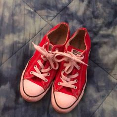 ceee6424bcc849 Shop Women s Converse Red size 7 Sneakers at a discounted price at  Poshmark. Description  Low cut pir of converese