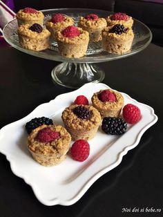 briose cu fulgi de ovaz Food To Make, Deserts, Muffin, Low Carb, Gluten Free, Nutrition, Treats, Vegan, Breakfast