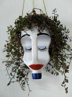 Give this bleach bottle planter googly eyes, and hang it in the window to prevent break ins. Make it out of bleach bottle use permament markers a hanging plant and a steing snd dirt your set This hanging planter made from a plastic jug cracks me up! Garden Crafts, Garden Projects, Clay Pot Projects, Craft Projects, Recycled Crafts, Diy And Crafts, Recycled Garden Art, Recycled Materials, Bleach Bottle