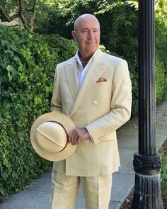 We asked @styleafter50 to detail his signature summer look: the outfit he returns to during the warmer months, and why he enjoys wearing it.Click the link in bio to read the article and see more pictures of Andys signature cream linen suits!