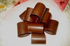 Как сделать шоколадный бант для торта.   Шедевры кулинарии