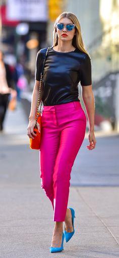 Gigi Hadid street style sólo la blusa